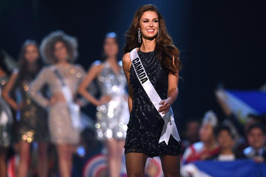 Marta Stepien de Canadá al momento de ser anunciada dentro de las 10 finalistas