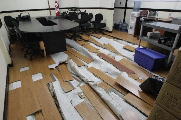 El Congreso aprobó la remodelación de  varias oficinas y según la Contraloría General de Cuentas incurrió en fraccionamiento de Compras. (Foto Prensa Libre: Hemeroteca PL)