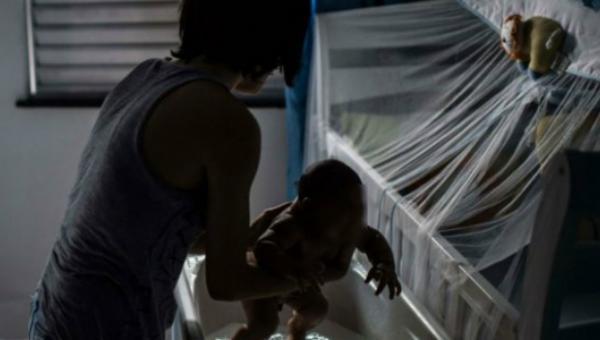 Contagio del zika durante el embarazo puede causar malformaciones en los fetos. (Foto Prensa Libre: HemerotecaPL)
