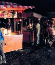 Los comerciantes son unos de los afectados por la falta de suministro eléctrico en Sanarate,  El Progreso. (Foto Prensa Libre: Héctor Contreras)