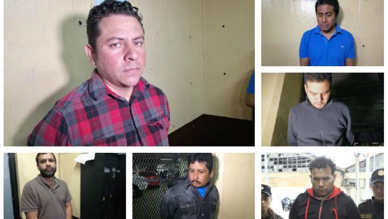 Algunos de los detenidos sindicados de corrupción, entre ellos William Colindres, más conocido como Willy Wonka. (Foto Prensa Libre: Estuardo Paredes)