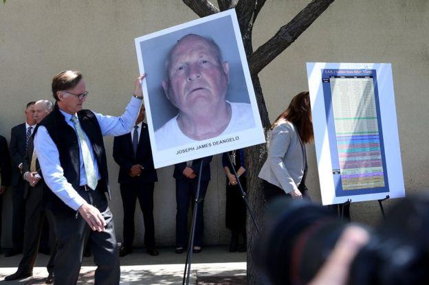 El arresto de Joseph James DeAngelo se anunció en una conferencia de prensa el pasado mes de abril. (GETTY IMAGES)