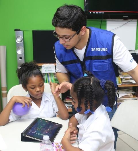 Smart School de Samsung fomenta educación