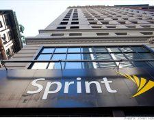 La empresa estadounidense Sprint firmó el acuerdo de telefonía con la estatal cubana. (Foto Prensa Libre: CNN)