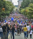 La reforma fiscal que avaló el presidente costarricense Carlos Alvarado, ha causado masivas protestas. (Foto Prensa Libre: EFE)