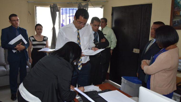 La Empresa de Seguridad Particular Elite, Sociedad Anónima fue intervenida ayer por orden de un juzgado. (Foto Prensa Libre: Cortesía SAT)