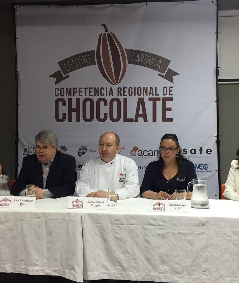 Organizadores de la segunda Competencia Regional de Chocolate brindaron detalles del evento que se realizará la próxima semana en Guatemala. (Foto Prensa Libre: Paula María Ozaeta)