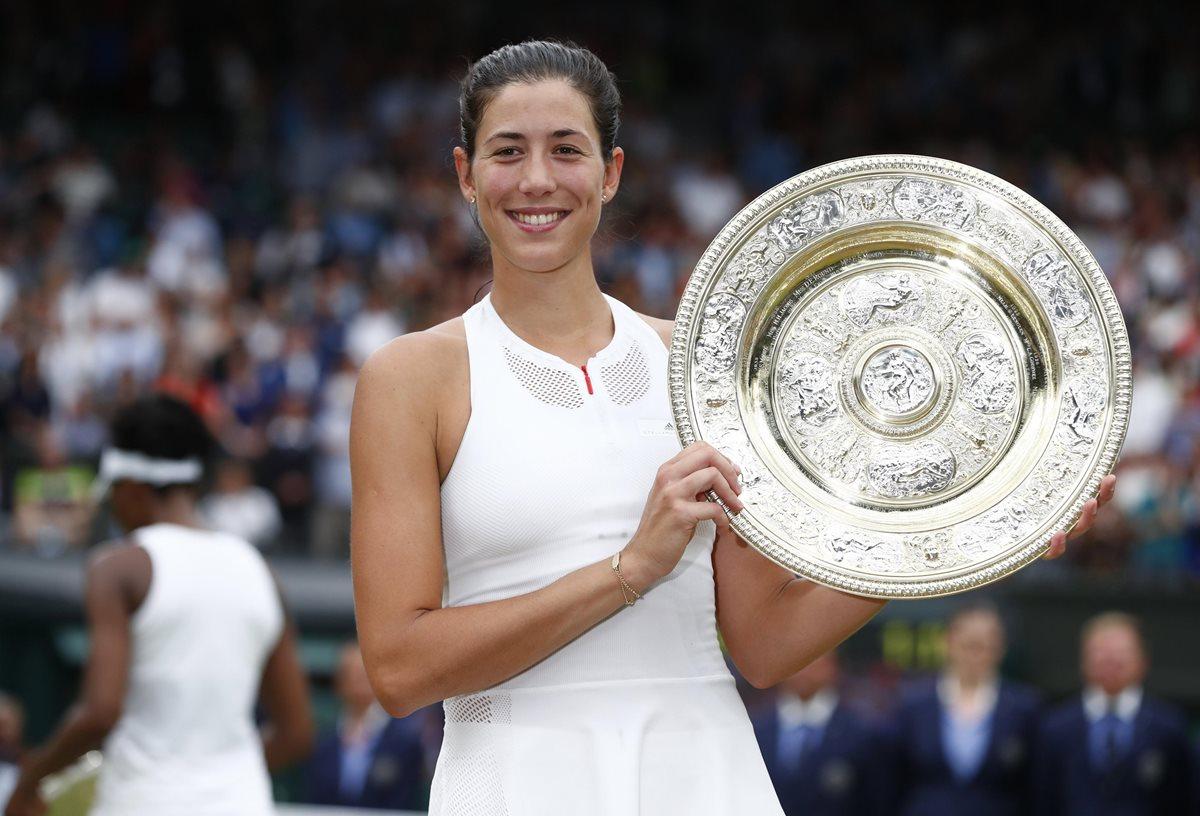 Garbiñe Muguruza vence a Venus y gana Wimbledon por primera vez
