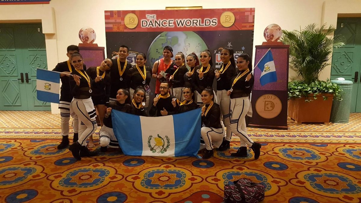 Equipo guatemalteco de baile destaca en concurso mundial