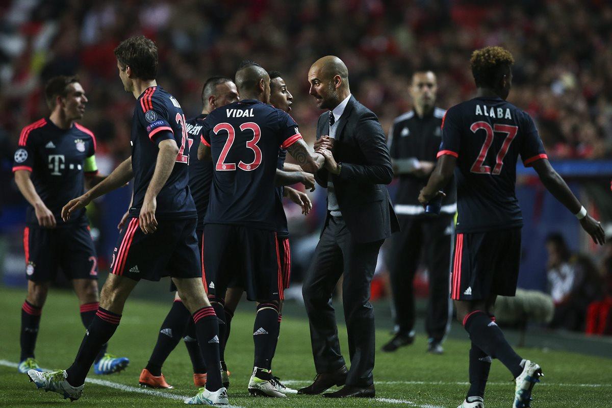 El Bayern Múnich (1) regresa el sábado a la Bundesliga para enfrentarse en el Allianz Arena al Schalke 04 (7). (Foto Prensa Libre: AFP)