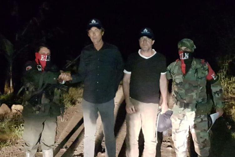 ELN colombiano libera a dos periodistas holandeses que tenía secuestrados