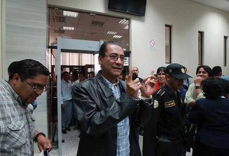 Rubén Herrera quedó en libertad, al cerrarse de manera provisional su caso, por los disturbios en Santa Cruz Barillas. (Foto Prensa Libre: Estuardo Paredes)