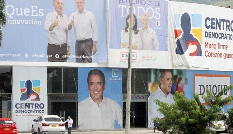 En Colombia se desarrolla una segunda vuelta inédita entre Iván Duque y Gustavo Petro. (Foto Prensa Libre: EFE).