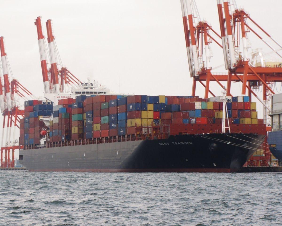 Guatemala recibirá en TCQ buque que transporta 400 contenedores