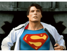 Christopher Reeve se dio a conocer por interpretar a Superman en una de las varias películas del superhéroe (Foto Prensa Libre: Superman Movie / Warner Bros).
