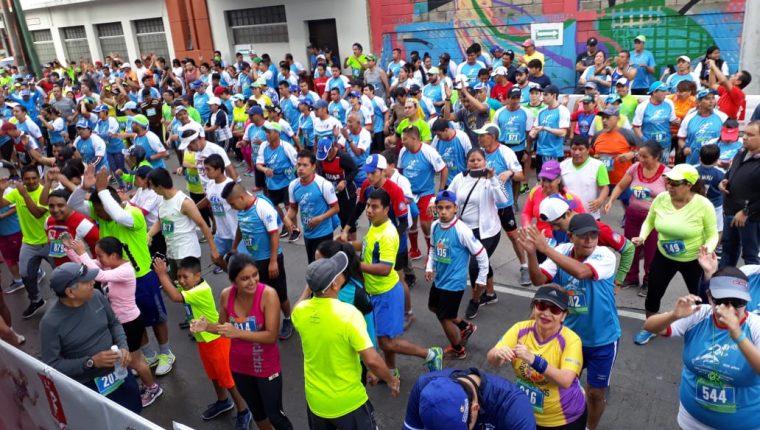 Lo recaudado en la carrera se destinará a los programas del Comité Pro Ciegos y Sordos de Guatemala. (Foto Prensa Libre: Cortesía/Comité Pro Ciegos y Sordos de Guatemala)