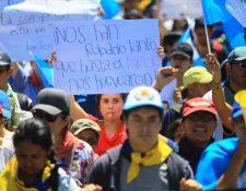 Durante la manifestación es importante protegerse de las condiciones climáticas. (Foto Prensa Libre: Hemeroteca PL)