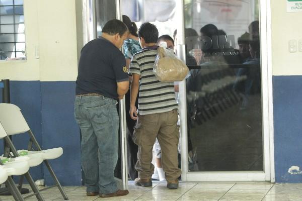 este menor ingresó en  uno de tres vuelos de deportados que llegaron esta semana de EE. UU.