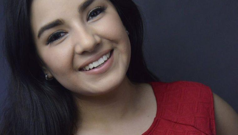 La cantante guatemalteca Sophy Castro promociona su nuevo sencillo titulado Hold Me. (Foto Prensa Libre: Cortesía Sophy Castro)