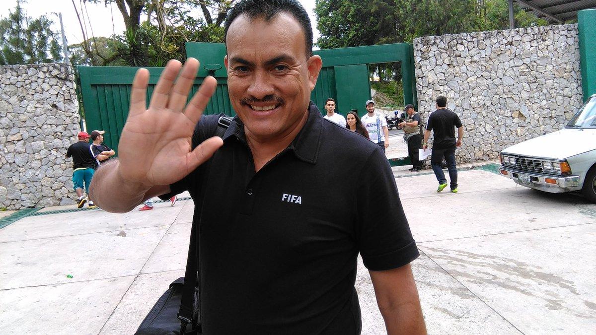 Los constantes errores de los árbitros en la Liga costarricense originó el adiós del guatemaltecos. (Foto Hemeroteca PL).