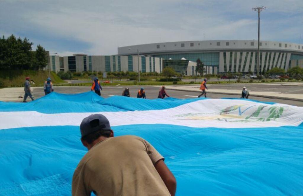 La Bandera fue una donación para la inauguración del templo. (Foto Prensa Libre: MP)