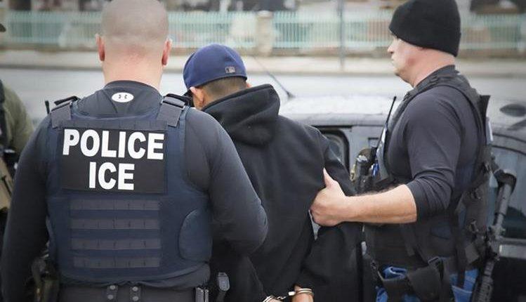 Un mayor presupuesto de ICE podría significar más persecución contra migrantes. (Foto HemerotrecaPL).