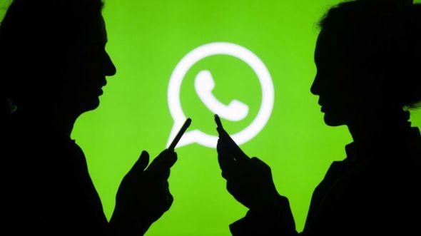 Varios mensajes con información falsa han sido compartidos en la aplicación de mensajería WhatsApp y en Facebook. (Foto HemerotecaPL)