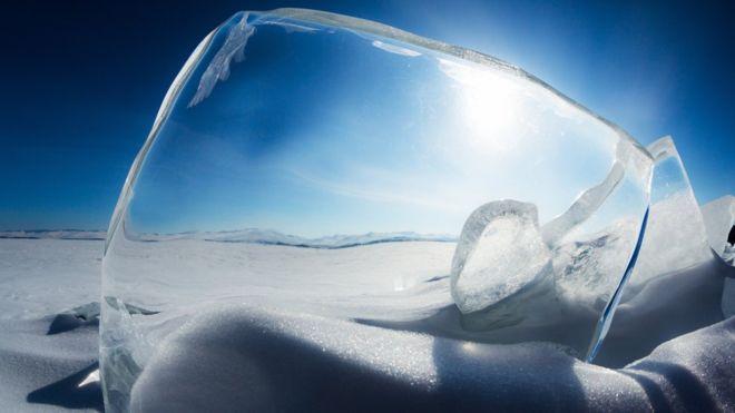 Abundante en los inviernos boreales pero difícil de encontrar en el trópico. Así es el hielo. GETTY IMAGES
