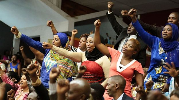 En Ruanda más del 60% de los parlamentarios son mujeres. (Foto, GETTY IMAGES).