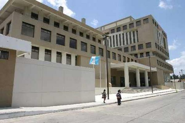 El MP enfrenta problemas de liquidez y compromete los sueldos de septiembre de sus trabajadores. (Foto Prensa Libre: Hemeroteca PL)