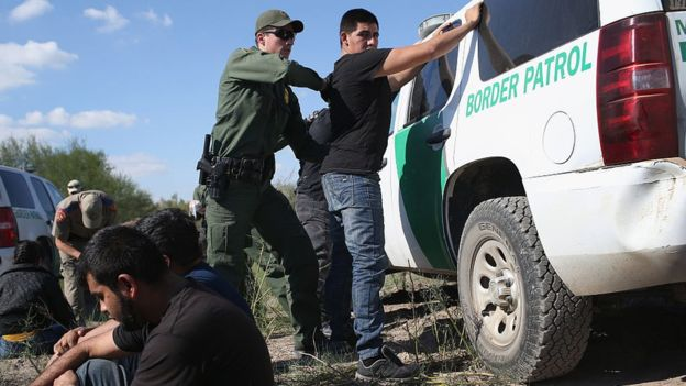 En Estados Unidos viven unos 11 millones de inmigrantes que no tienen documentación de estancia legal. (Getty Images)