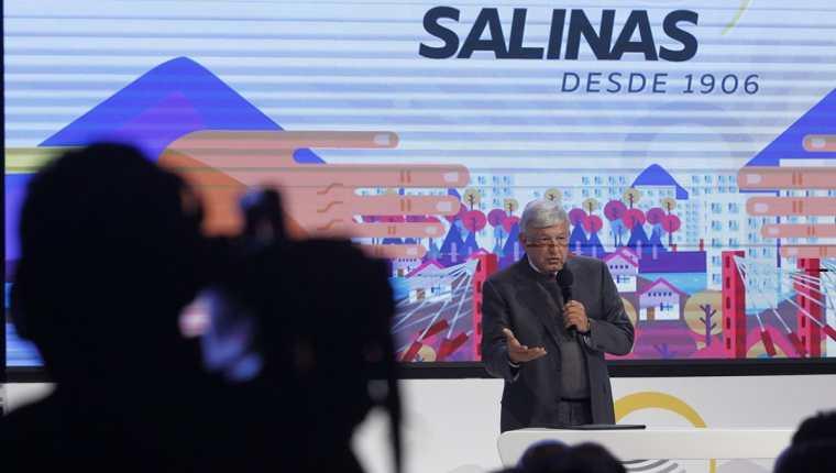 El Presidente electo de México, Andrés Manuel López Obrador, habla durante un encuentro con empresarios. (Foto Prensa Libre: EFE)