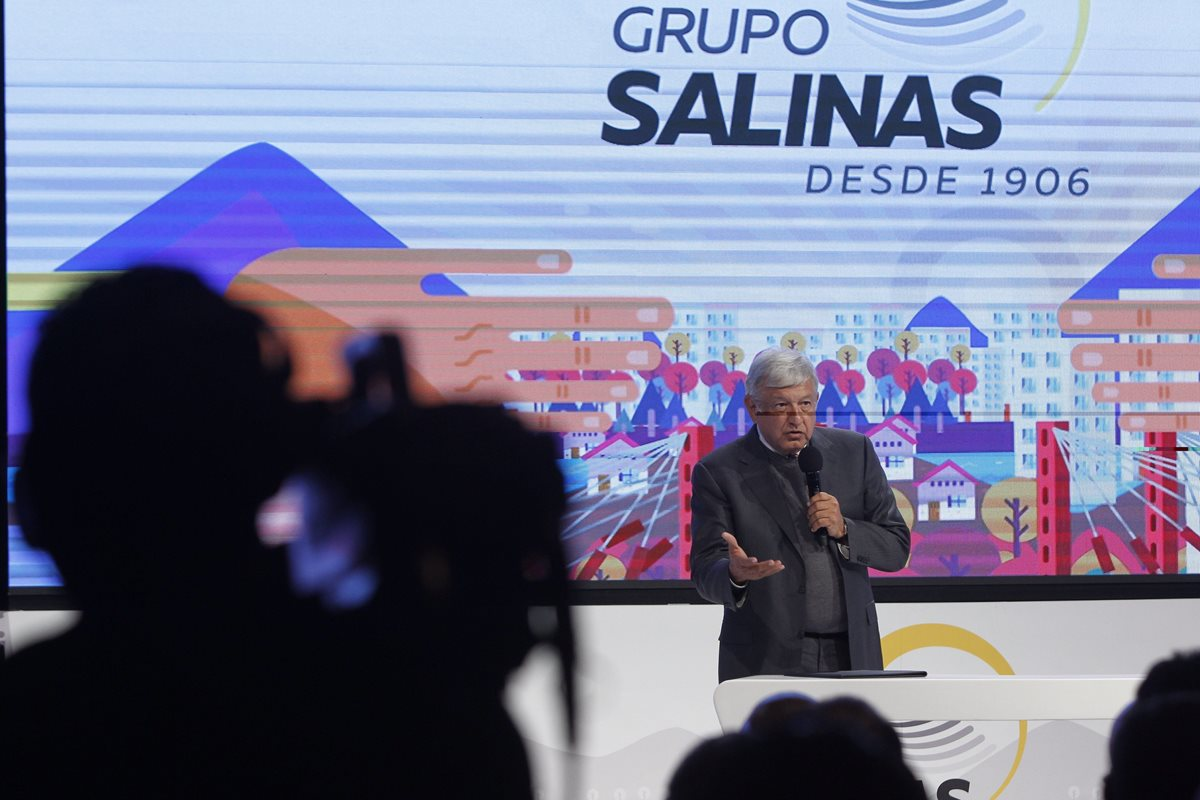 López Obrador va por su tercera consulta, esta vez sobre su guardia nacional