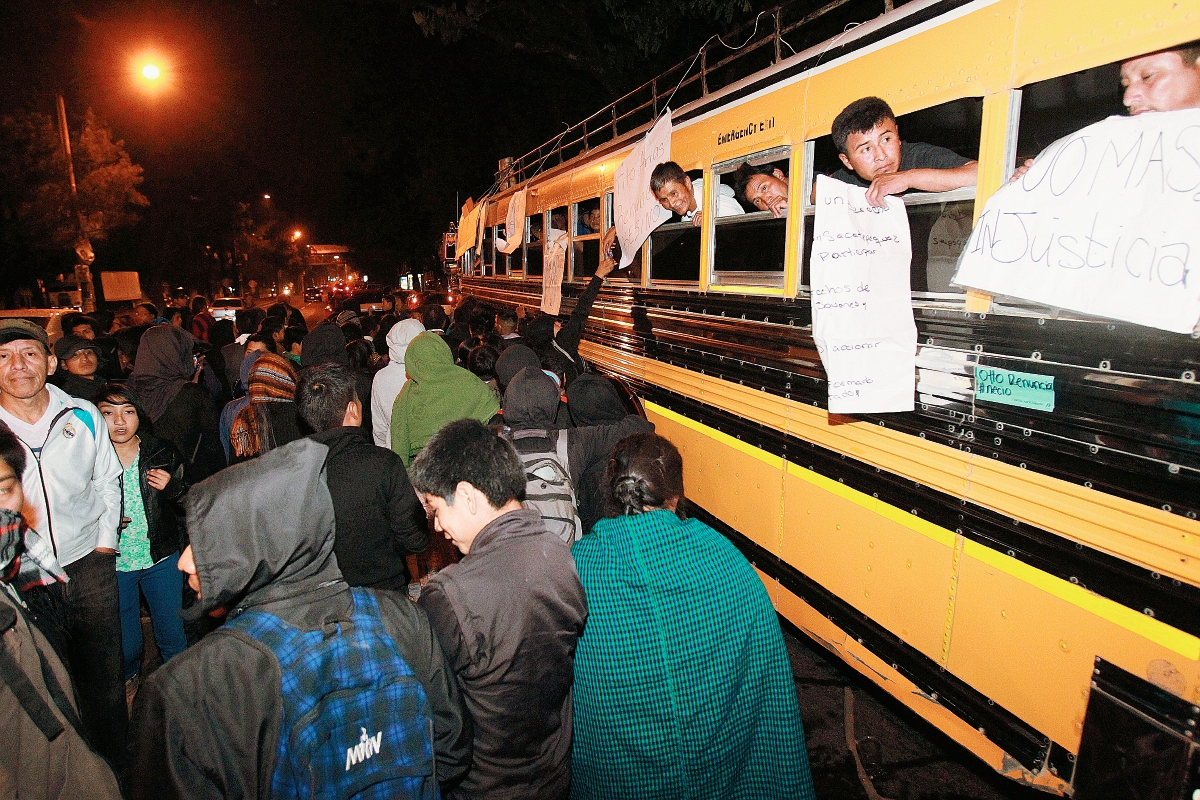 """Mingob: """"retención de bus con manifestantes no fue de mala fe"""""""