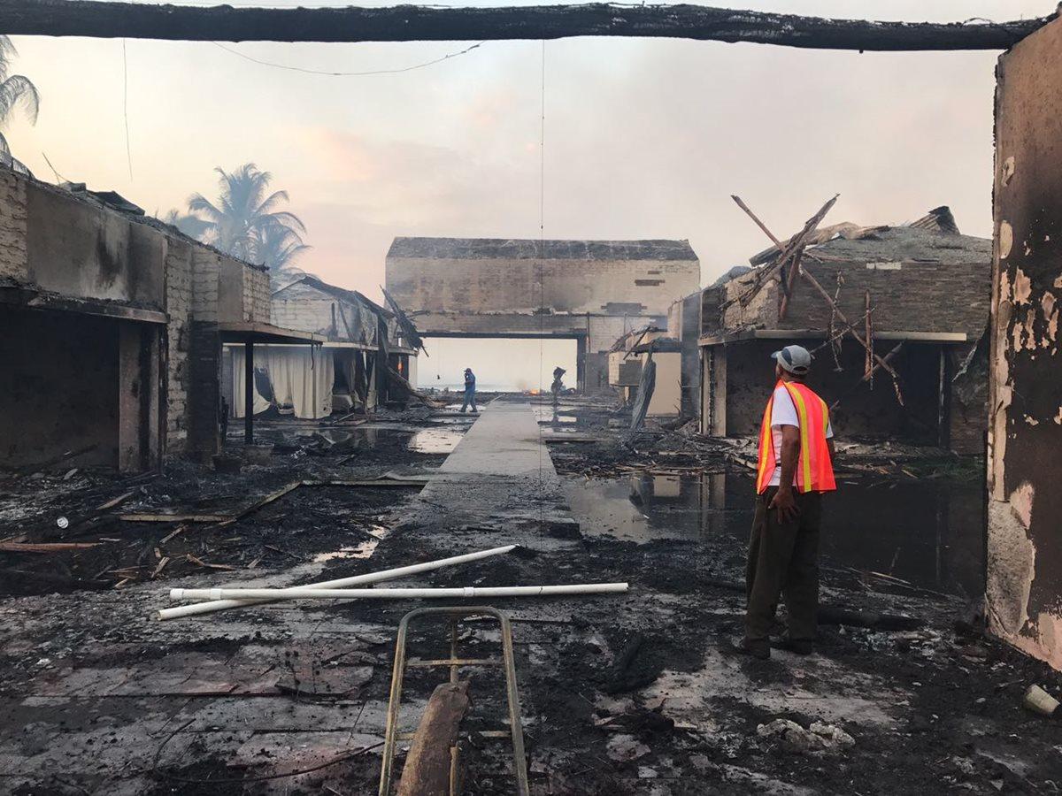 Imagen del chalet después del incendio. (Foto Prensa Libre: Cortesía)