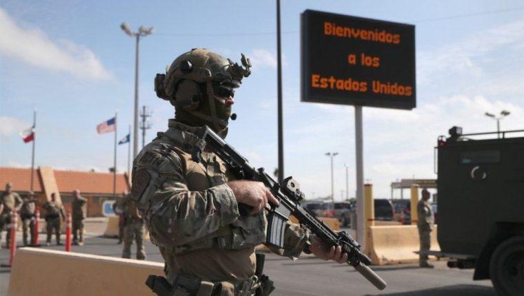 El gobierno de Donald Trump justificó el envío de 5 mil 200 militares a la frontera por la caravana de inmigrantes centroamericanos. GETTY IMAGES