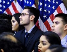 Nueva medida aplica a estudiantes y personas que ingresaron a Estados Unidos con visas F, J y M.(Foto Prensa Libre:AFP)
