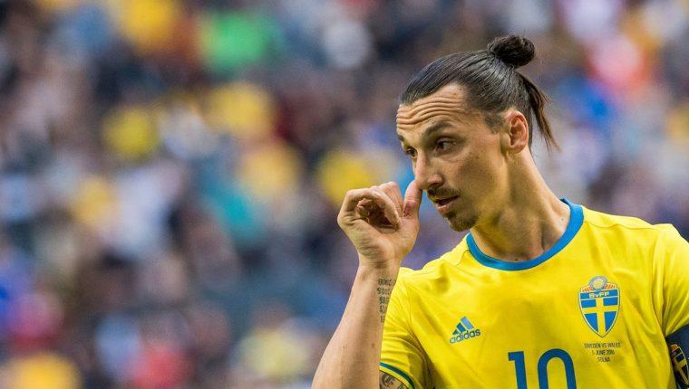 Zlatan Ibrahimovic había expresado su deseo por ir al Mundial de Rusia 2018. (Foto Prensa Libre: AFP)