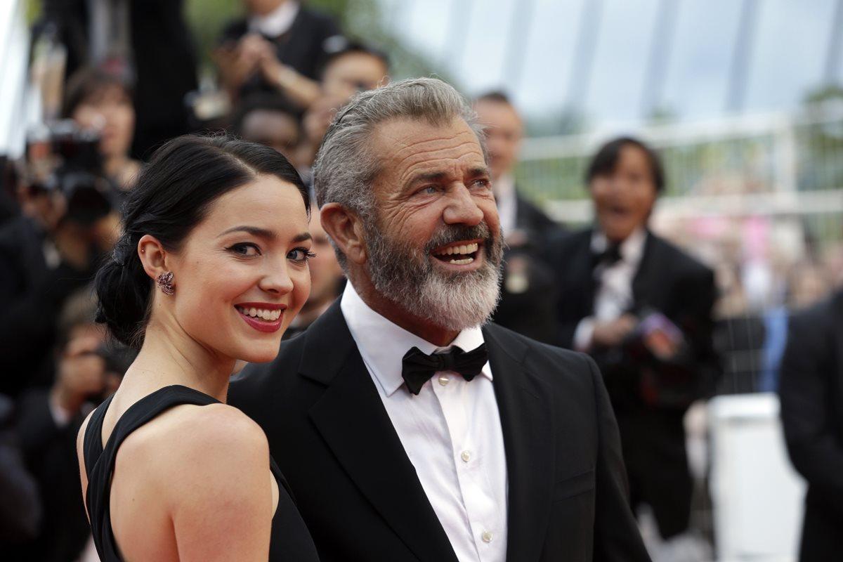 Novia de Mel Gibson espera el noveno hijo del actor