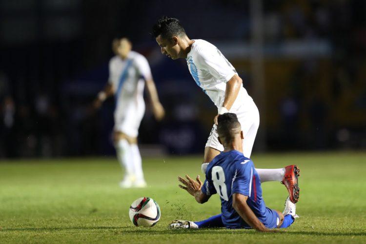 Guatemala logró evadir el juego fuerte de los cubanos. (Foto Prensa Libre: Francisco Sánchez).