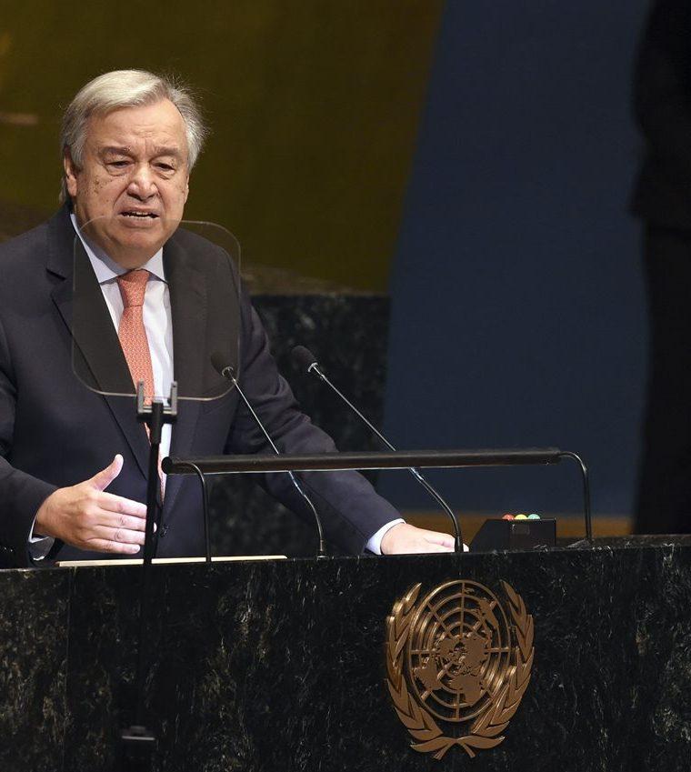 António Guterres, secretario de ONU, se dirige a los miembros de la asamblea. (Foto Prensa Libre: AFP)