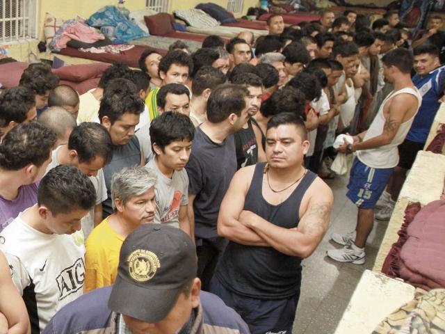 Gobernación pide recursos para cárceles en el país