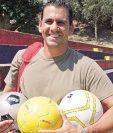 Ezequiel Barril tiene grandes recuerdos de su etapa con Municipal. (Foto Prensa Libre: Hemeroteca PL)