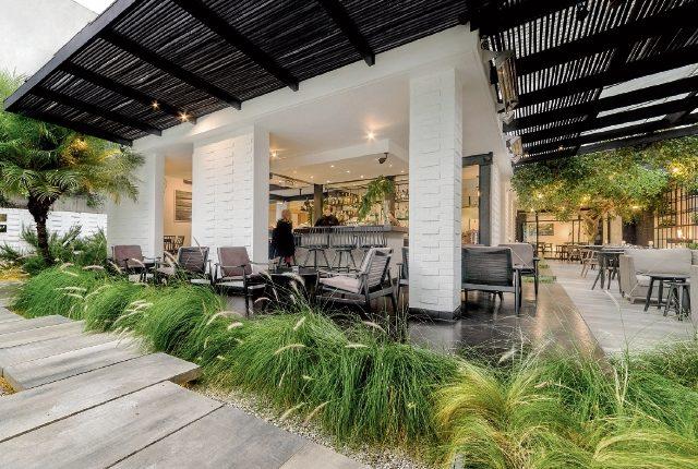 El restaurante Clio´s se localiza en Guatemala, en la 6a. avenida 15-65 zona 10. Actualmente cuenta con su propia tienda de productos artesanales y salones sociales para eventos. (Foto Prensa Libre: Cortesía Clio´s)