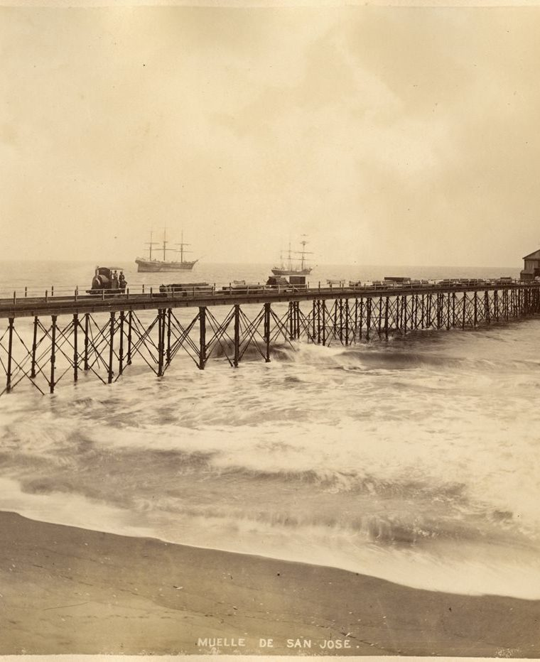 Muelle de San Jose?, Escuintla (aproximadamente de 1886). (Foto: Fototeca Guatemala CIRMA)