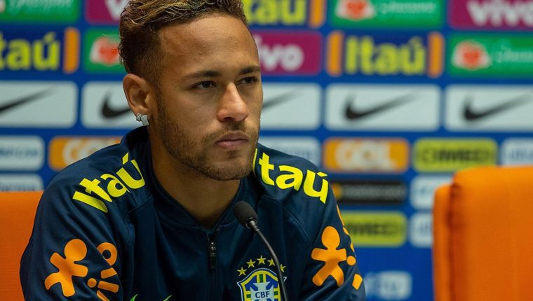 Neymar acaba de estar con la Selección de Brasil en la fecha Fifa. (Foto Prensa Libre: EFE)