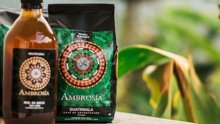 La marca Ambrosía ofrece café de Cuilapa, Santa Rosa, como producto final y miel pura de cafetales. (Foto Prensa Libre: Cortesía Ambrosía)