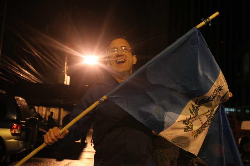 La bandera de Guatemala ondea en todos los rincones del país.