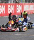 Ian Sapper pasa primero la linea de meta en la categoría 60 TAG, durante la sexta fecha del Campeonato Nacional de Karts. (Foto Prensa Libre: Sofía Azurdia)