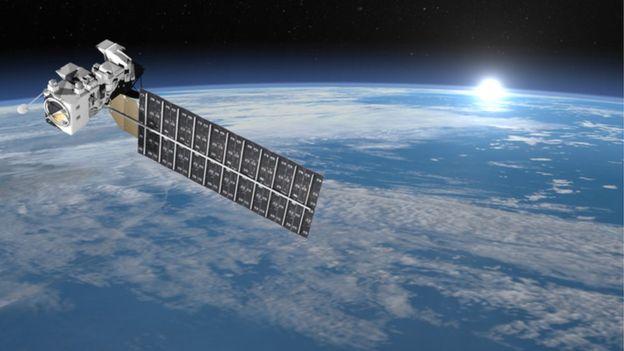 Los satélites pueden pesar desde algunos kilos hasta toneladas. GETTY IMAGES